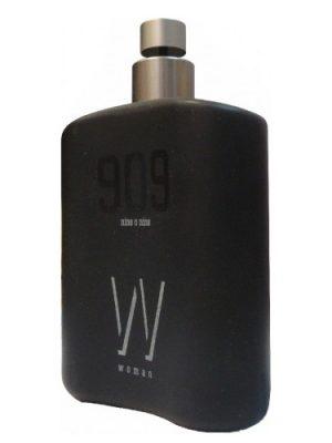 909 Nine O Nine Woman B&B Cosmetics