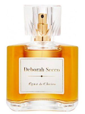 Deborah Secco Água de Cheiro